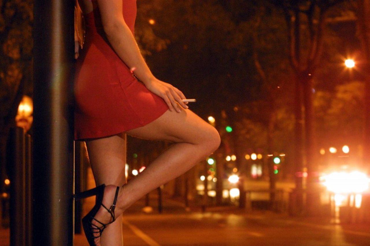 Шлюхи про вызову, Проститутки по вызову в Екатеринбурге и шлюхи на 3 фотография