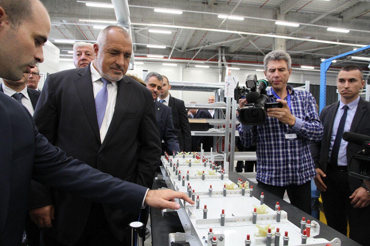 Бойко Борисов на официалното откриване на завод за оборудване в самолетостроенето край Пловдив10