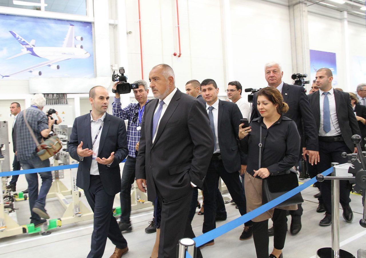 Бойко Борисов на официалното откриване на завод за оборудване в самолетостроенето край Пловдив11
