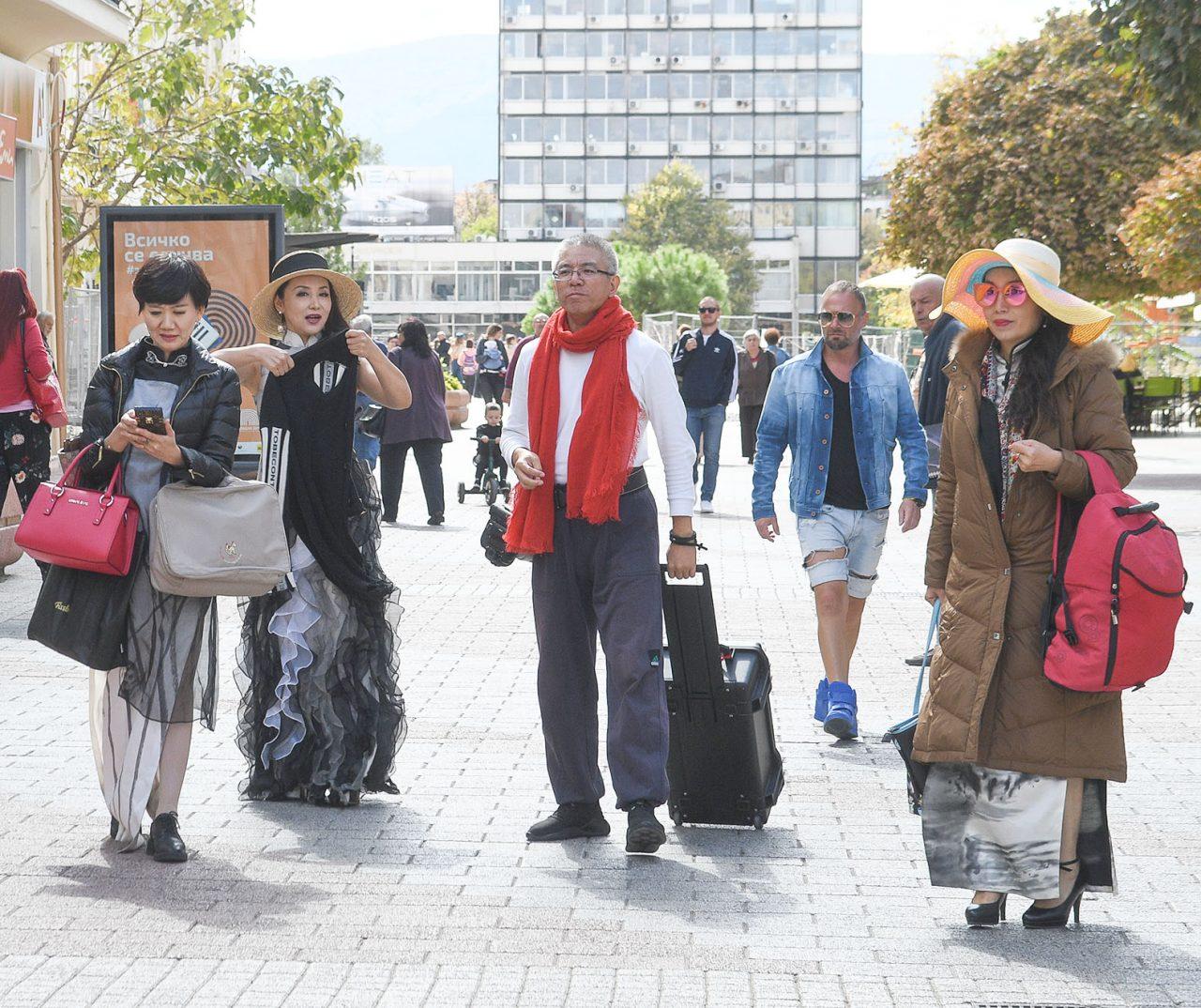 Туристи б Пловдив 04