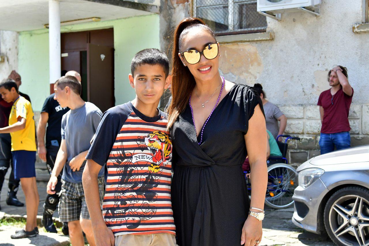 Софийски мотористи Да дарим усмивка Роман Мария Илиева (39)