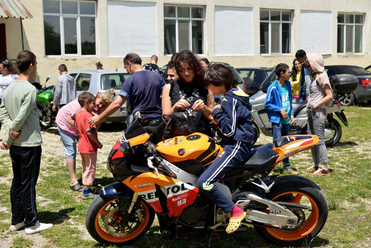 Софийски мотористи Да дарим усмивка Роман (3)