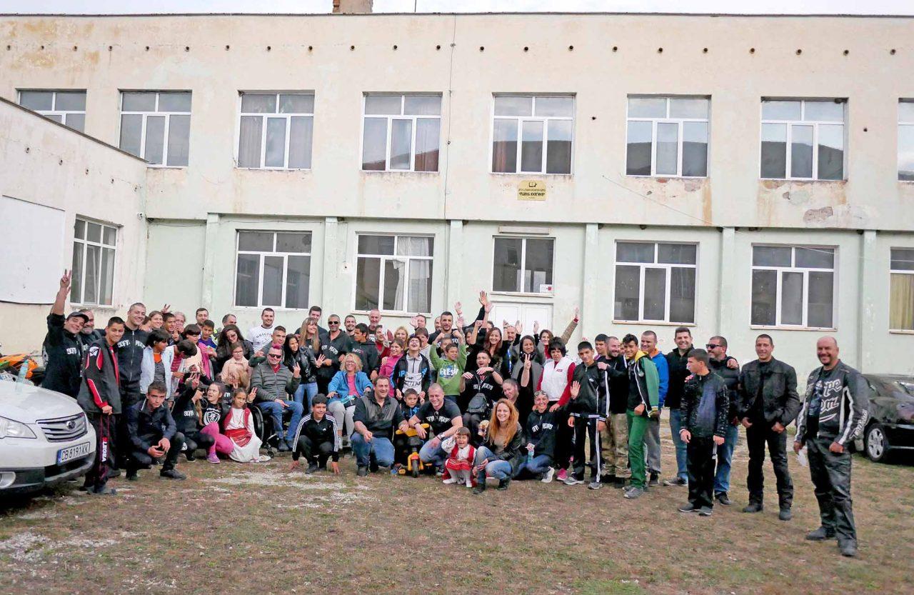 Софийски мотористи Да дарим усмивка Роман (36)