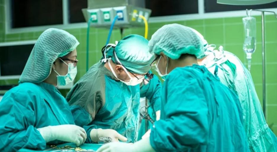 Болница, Лекари, Операция, Коронавирус
