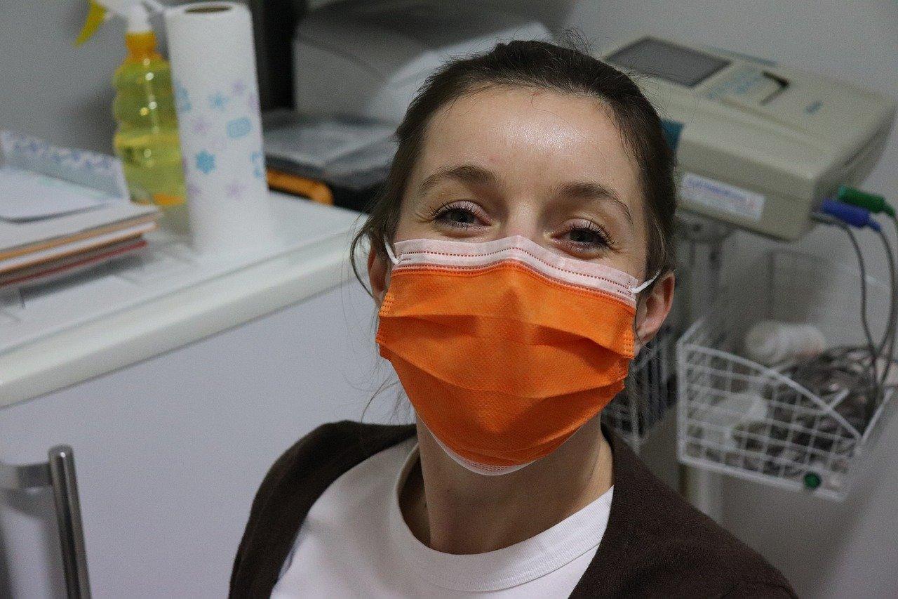 surgical-mask-4962034_1280.jpg