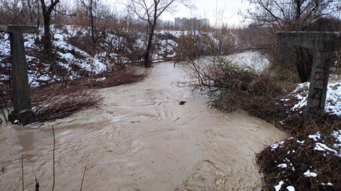 перник-наводнения