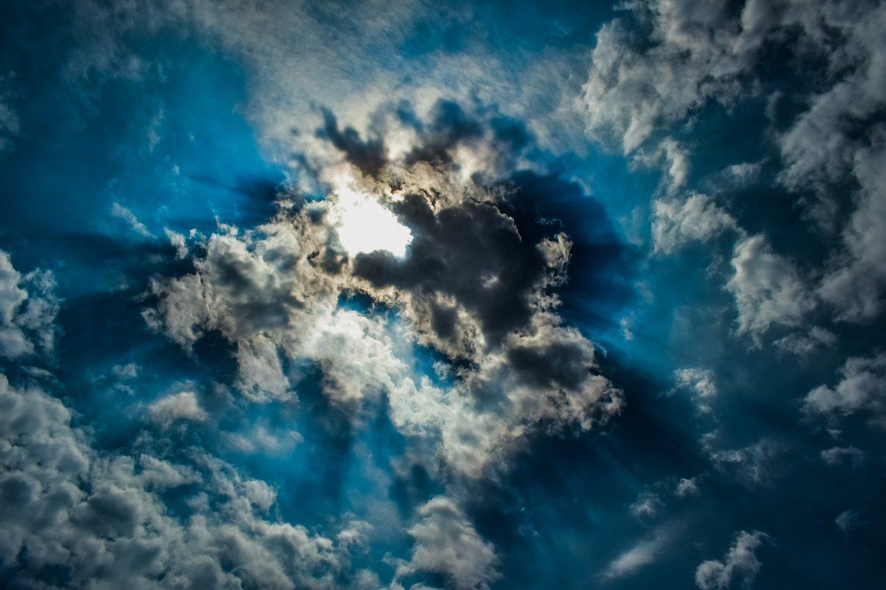 clouds-3353159_1920-1280x853.jpg