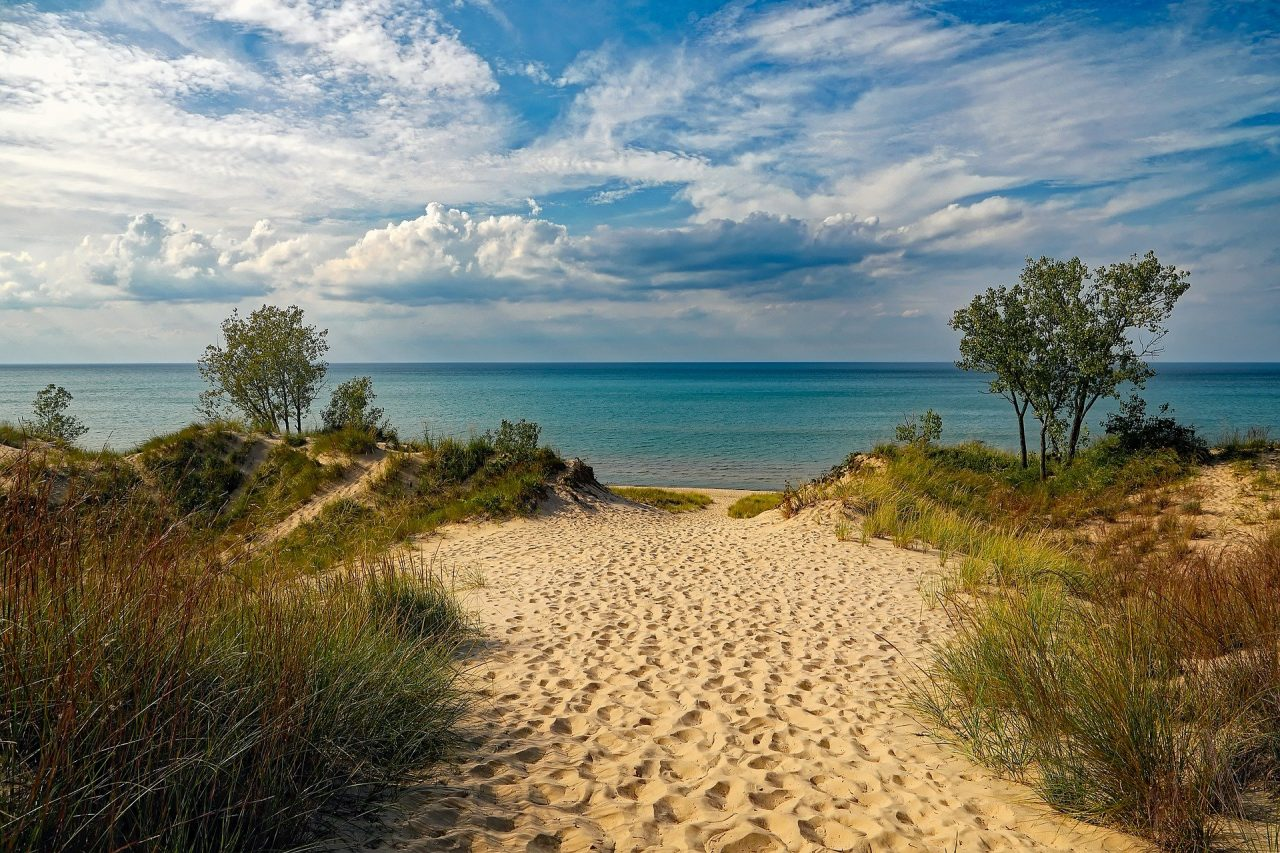 indiana-dunes-state-park-1848559_1920-1280x853.jpg